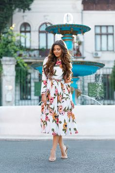 Pocketful of Poppies Dress styled by Larisa Costea -- the Mysterious Girl Blog