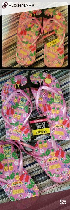 NWT adorable Tiki bar Hawaiian flip-flops Pink flip-flops with cute tiki bar theme. Size 7-8 Shoes Sandals