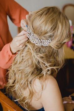 This would be so cute for my bridesmaids! Pretty Hairstyles, Braided Hairstyles, Wedding Hairstyles, Hairdo Wedding, Headpiece Wedding, Bridal Headdress, Bridal Headpieces, Bridal Hair And Makeup, Hair Makeup