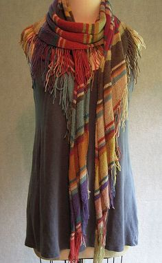 Sonoma stole, is it just me or is this like a hipper, more modern Doctor Who scarf?  I love it!