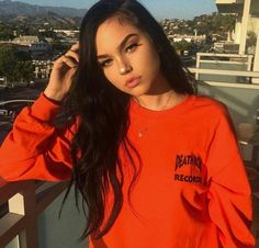 """maggie- """"for the party, anyone free? Maggie Lindemann, Pretty People, Beautiful People, Tumblr Girls, Celebs, Celebrities, Aesthetic Girl, Photography Poses, Cute Girls"""