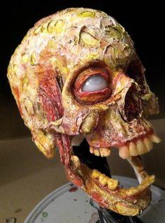 Skull Corpsing: http://skullappreciationsociety.com/skull-corpsing/ via @Skull_Society
