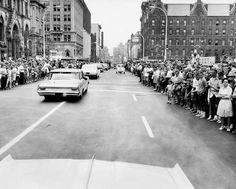 LBJ motorcade 8/5/1964 on way to dedicate Newhouse school
