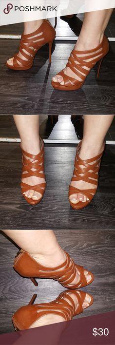 Women's platform Heels Carmel Color Back zipper Sz 7.5 Shoes Platforms