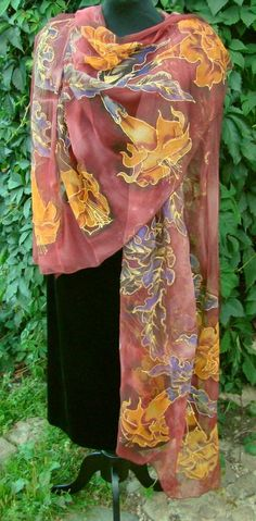 Natural silk shawl floral claret hand painted by Studijakalla