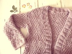 Le gilet d'automne: le tuto Loom Knitting, Knitting Patterns, Fall Vest, Knit Vest, Knit Crochet, Pullover, Sweaters, Women, Instructions