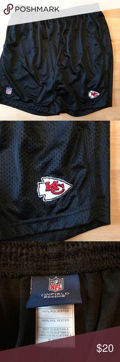 ✨Kansas city Chiefs athletic shorts | XL Reebok NFL Chiefs athletic shorts. Reebok Shorts Athletic