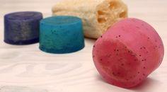 Un fantástico jabón exfoliante con esponja vegetal y con aroma a mango que os encantará utilizarlo en la ducha o en el baño.
