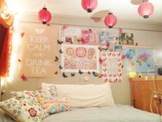 Lanterns and wall art ideas