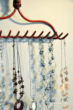 Upcycled rake turned necklace organizer #IvoryBloom