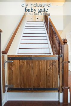 How to Make a Custom DIY Baby Gate with an Industrial Style Industrial DIY Baby Gate - this is such a fun and beautiful way to add a baby gate to your stairs and still have it blend in with your home Diy Dog Gate, Diy Baby Gate, Pet Gate, Dog Gates, Baby Gate For Stairs, Barn Door Baby Gate, Wood Baby Gate, Custom Baby Gates, Wooden Stairs