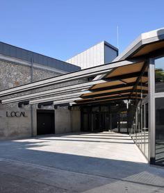 """Esteve Aymerich + Inés de Rivera + Ton Salvadó   Reforma y Ampliación del local """"Societat Sant Jaume de Moja"""", Olerdola   HIC Arquitectura"""