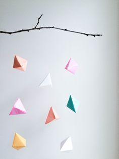 DIY - Origami hanger | DIY - Mobile en origami - PROJET PASTEL