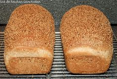 Speltbrood met sesamzaad by Levine1957, via Flickr