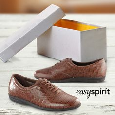The Easy Spirit Motion is a great gift item for the ladies in your life who are looking for an everyday, casual shoe with classic style. This timeless leather lace-up is a great addition to any footwear collection.
