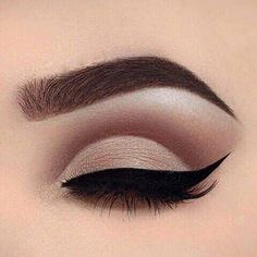 Ultra-Filled Eyebrows - It's totally understandable to fillin sparse areas ofyour brows. However, some products took it way too far.