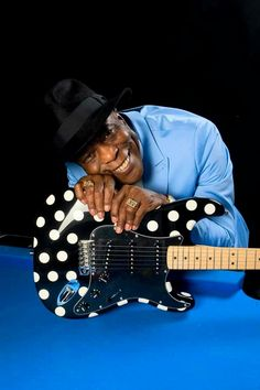 Buddy Guy, Blues Artists, Hero, Comme, Guitars, Celebrity, Board, Photography, Music
