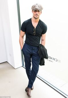 David Gandy Photos - David Gandy attends the Richard James presentation during the London Fashion Week Men's June 2017 collections on June 2017 in London, England. David Gandy Style, David James Gandy, David Gandy 2017, David Gandy Suit, David Beckham, Mode Masculine, Stylish Men, Men Casual, London Fashion Week Mens