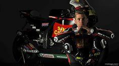 Alvaro Bautista and Gresini MotoGP team show their mourning by riding in black