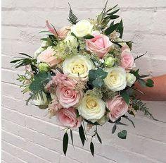 Imagine receiving these... Bouquet by @keepsofyaxley . . . #meijerroses #flowers #flowerstagram #flowerpower #weddings #weddinginspiration #flowerslover #weddingflowers #weddingideas #bride #flowermagic #weddingday #weddingstyle #weddingtime #weddinginspo #weddingseason #bridetobe #photooftheday #weddings #weddingdecor #weddingparty #flower #flowerstalking #bohowedding #rusticwedding