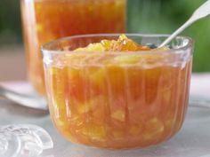 Fatburner Marmelade mit Papaya und Orange: Der Früchte-Mix aus Orangen und Papayas bringt Vitamin C auf den Frühstückstisch.