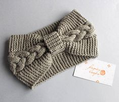 Light grey cable knitted woman headband ear warmer turban head warmer Ready to ship - Fingerless wrist warmers headbands earwarmers Loom Knitting, Knitting Stitches, Knitting Patterns Free, Free Knitting, Crochet Patterns, Knitting Tutorials, Hat Patterns, Stitch Patterns, Fabric Rosette