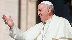 Vaticano informa que está en estudio un viaje del Papa Francisco a Egipto  11/03/2017 - 02:37 pm .- El Director de la Sala de Prensa de la Santa Sede, Greg Burke, informó este 11 de marzo que se está estudiando un viaje del Papa Francisco a Egipto, pero que aún no se han definido ni las fechas ni el programa.