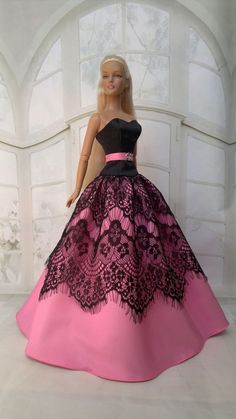1 million+ Stunning Free Images to Use Anywhere Sewing Barbie Clothes, Barbie Sewing Patterns, Doll Clothes Patterns, Barbie Wedding Dress, Barbie Gowns, Barbie Dress, Fashion Dolls, Ideias Fashion, Barn