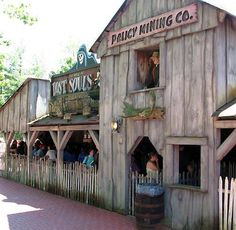 'The Mine of Lost Souls', one of our favorite rides at Canobie Lake Park.