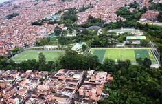 Unidad deportiva de Castilla, cancha sintética de fútbol y de rugby
