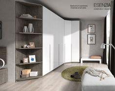 Amplio y práctico armario de rincón de 300 x 132 cm. y de 241 de alto, con una distribución interior personalizable según los gustos y necesidades de cada cliente.