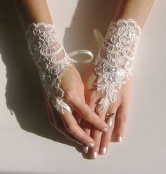 Hey, I found this really awesome Etsy listing at https://www.etsy.com/listing/128203710/ivory-lace-gloves-bridal-wedding-gloves
