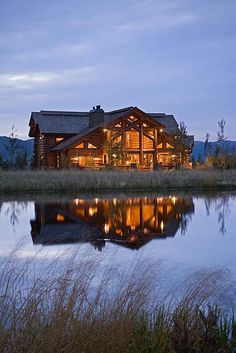 ok, force me to live there! Cabin in the Idaho Tetons