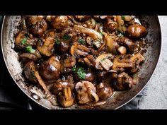 Best garlic mushrooms and super easy recipe for garlic mushrooms in butter. This quick garlic mushrooms recipe is great on steak or mushroom side dish