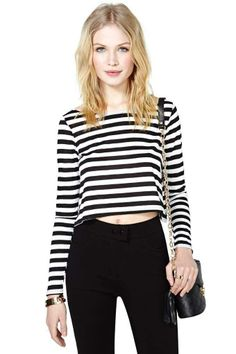 hot blonde bae in black and whiet stripes // www.babesngents.com // #babesngents