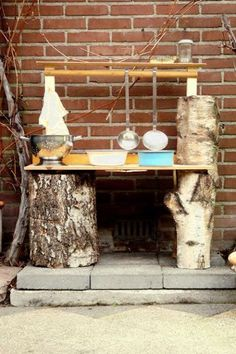 cool Top 20 of Mud Kitchen Ideas for Kids Mud kitchen (also known as an outdoor kitchen or mud pie kitchen) is one of the best resources in DIY projects for kids to play outside as kids playhouse. Outdoor Play Spaces, Kids Outdoor Play, Outdoor Fun, Outdoor Learning, Mud Kitchen For Kids, Mud Pie Kitchen, Kitchen Ideas, Natural Playground, Outdoor Playground