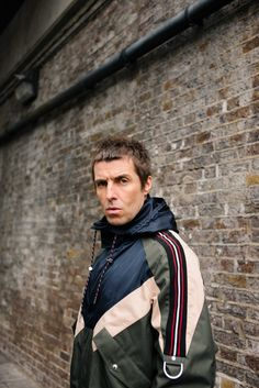 Bernstein & Andriulli - News - Ben Rayner Gets Up Close with Liam Gallagher for ES Magazine Liam Gallagher Oasis, Noel Gallagher, Beady Eye, Artist Management, Britpop, My Generation, Music Wallpaper, Skinhead, Ramones