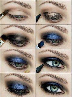 Smokey blue eyeshadow tips