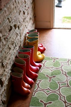 If you don't read Nie-Nie's blog, you should start. And this picture of her kiddo's boots make me want to start having babies!