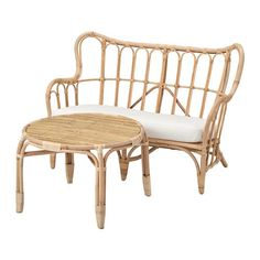 MASTHOLMEN Conversation set, outdoor IKEA Made of rattan, a renewable material with a natural look and color that can change over time. Outdoor Table Tops, Outdoor Coffee Tables, Outdoor Sofa, Rattan Outdoor Furniture, Rattan Coffee Table, Ikea Us, Seat Pads, Interiores Design, Seat Cushions
