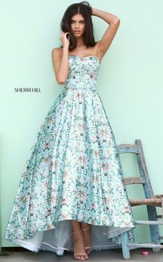 SHERRI HILL Spring 2017 – 50793 Printed strapless Audrey length gown. 50793 is available for pre release order right now….if you love it, don't miss out. Sherri Hill is the hottest designer today and their dresses typically sell out before ever arriving in store! Gossip Gowns is Australia's largest Sherri Hill store, shop with confidence, …