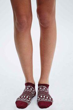 Fair Isle Socks in Burgundy - Urban Outfitters