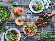 Mausteiset grilli-kasviskebakot lisukkeineen (V, GF) sekä alekoodi maustekauppaan