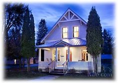 The Clayton House, VRBO #215225, Whitefish Montana.  An accommodation idea for a family ski trip.