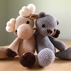 Milfred Moose + Timothy Bear amigurumi crochet pattern by AuroraGurumi