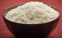 How to Make an Aromatherapy Neck Wrap (love the rice pic? Eat To Perform, Coconut Rice And Beans, Benefits Of Rice, Health Benefits, Rice Types, Cooking Basmati Rice, Rice Bags, White Rice, Brown Rice