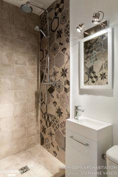 Amazing Small Bathroom Storage Ideas on a Budget Bathroom Layout, Bathroom Storage, Small Bathroom, Master Bathroom, Modern Bathroom, Home Interior, Bathroom Interior, Interior Design, Interior Ideas