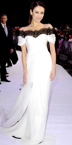 Olga Kurylenko did white right in Marchesa