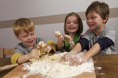 Mamme, fate giocare i bambini con il cibo - Le Ricette dell'Amore Vero
