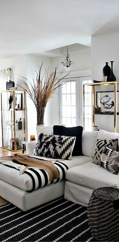 Black and gold room ideas black and white living room ideas home ideas home decor living room white living room decor black white and gold dorm room ideas White Living Room, Home And Living, Luxury Decor, Living Room Designs, Black And White Living Room, Living Room White, Living Decor, House Interior, White Decor